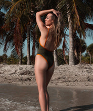 Load image into Gallery viewer, Gisele So Chic One Piece Swimsuit Noa Kai