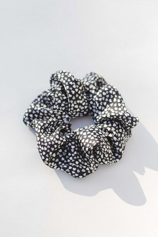 Glam Girl Heart Scrunchie