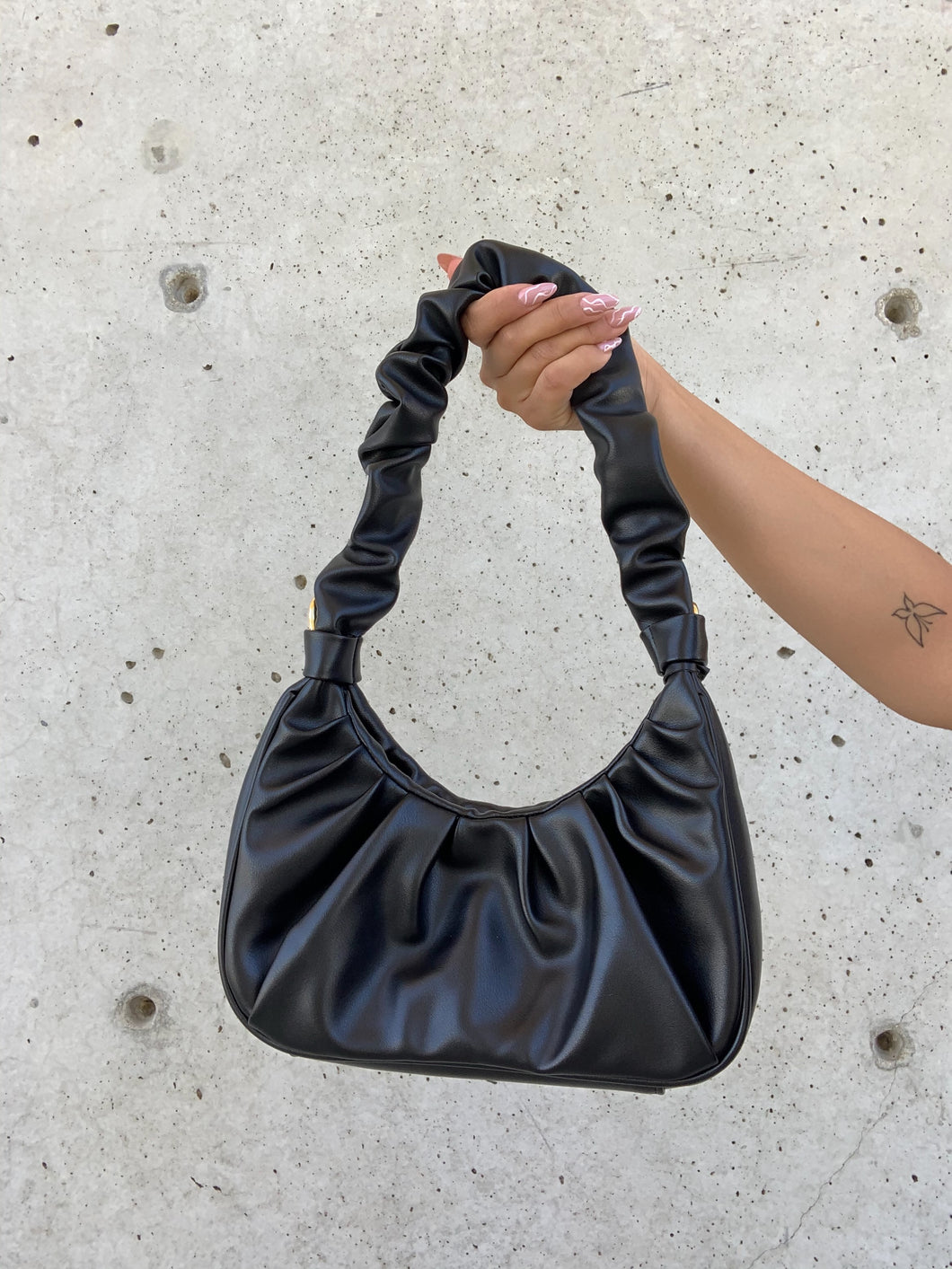 Ava Shoulder Bag (Black)