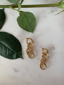 Link Up Oval Earrings
