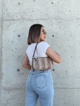 Load image into Gallery viewer, Snake Paris Shoulder Bag