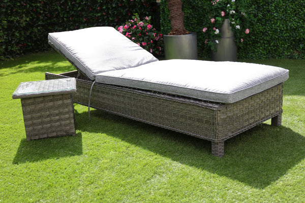 The Hatherton Sun Lounger with back wheels