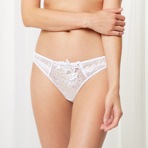 MORE Aviana Thong White