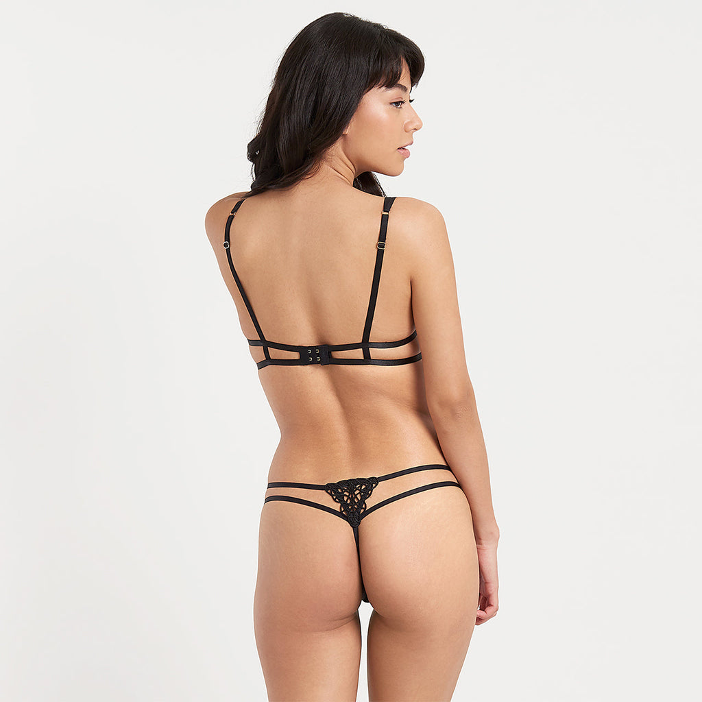 Simone Thong Black