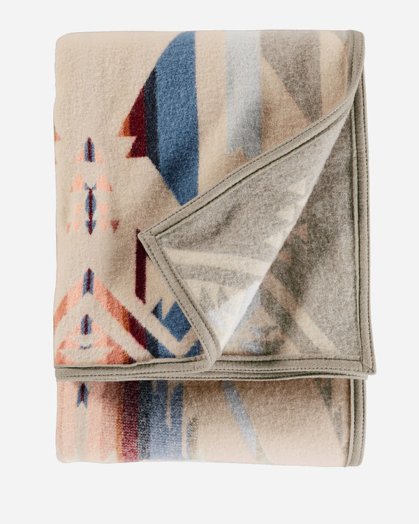 PENDLETON White Sands Jacquard Throw | PENDLETON