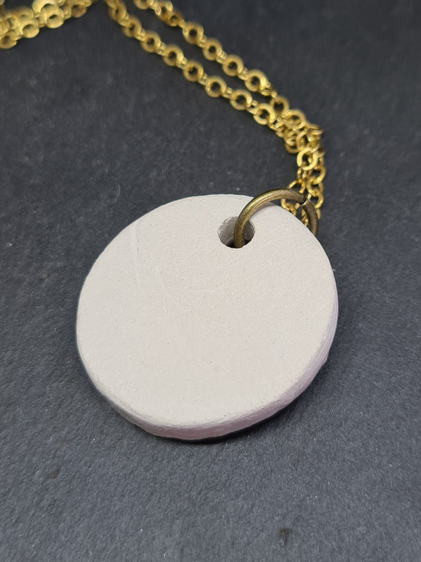 Rear of ceramic oil diffuser necklace