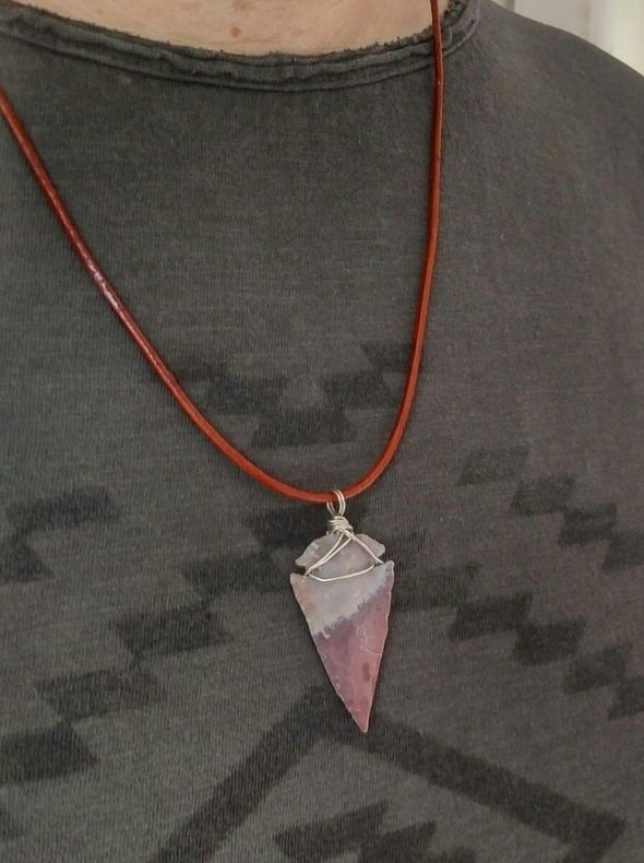 Men's arrowhead pendant