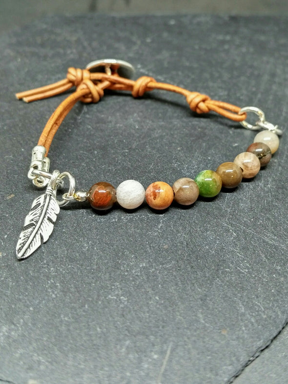 Leather bracelet with petrified wood