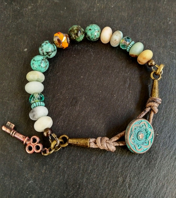 Gemstone leather bracelet
