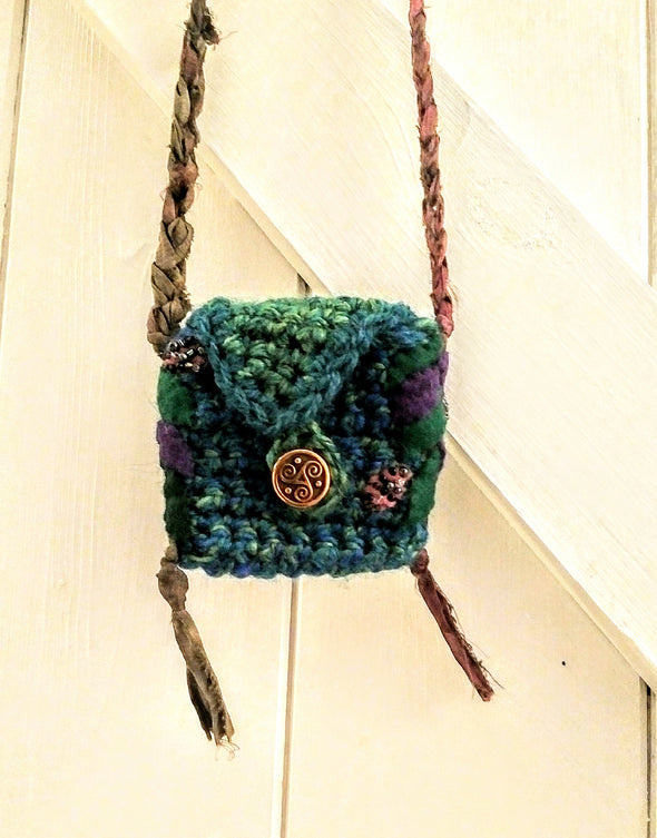 Crochet green medicine bag