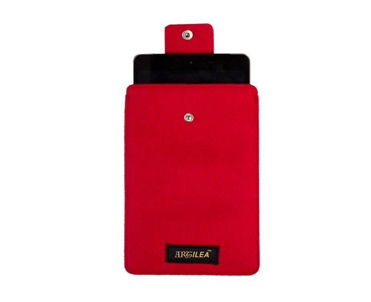 Artilea Apple iPad Sleeve with lock button