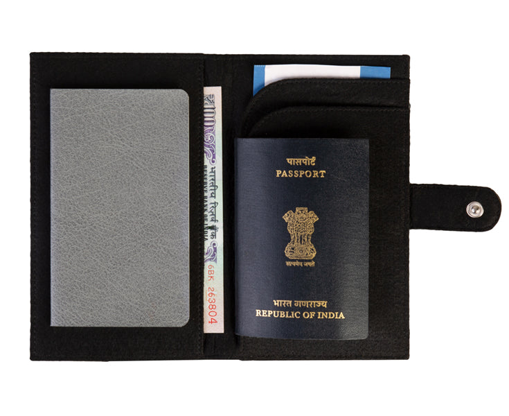 Travel Wallets - Black