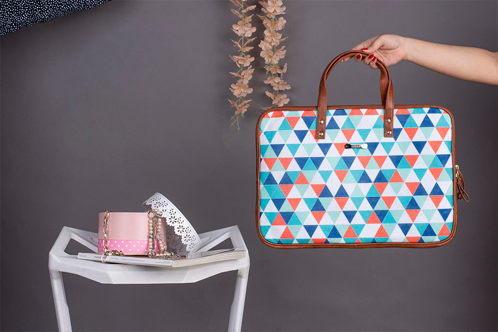 Artilea Laptop Sleeve - Polyester Felt - Colorful Triangle Prints