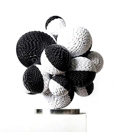 Black&White sculpture