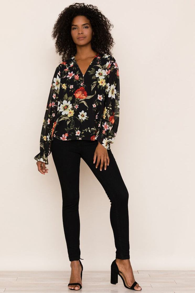 A new classic to dress up your jeans, meet Yumi Kim's Grand Central Floral Blouse Long Sleeve Top.