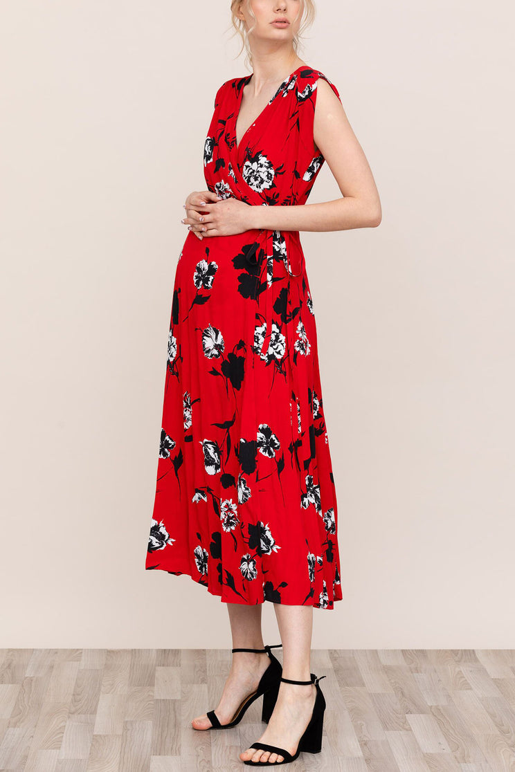 Get ready for baby in Yumi Kim Harper Red Floral Maternity Dress.