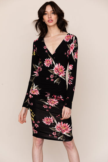 Comfort meets style in Yumi Kim's Take Me Out V-neck Floral dress.