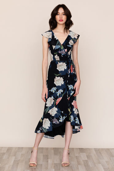 Be ready for any occasion in Yumi Kim's Nantucket Black Floral Ruffle Dress.
