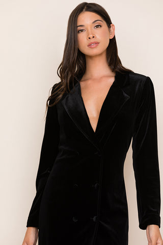 Yumi Kim's classic velvet tuxedo gets a feminine update with our Suit It Up Black Velvet Dress. Details include double-breasted collar and velvet-covered buttons on placket. Long sleeves.