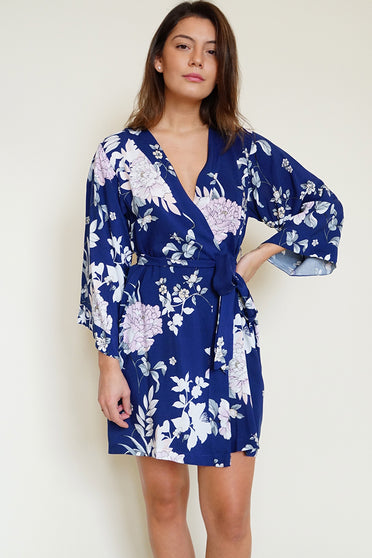 Dream Lover Bridesmaid Floral Robe in Ever After Navy.