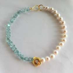 Daisy Necklace - Freshwater Pear and Aquamarine