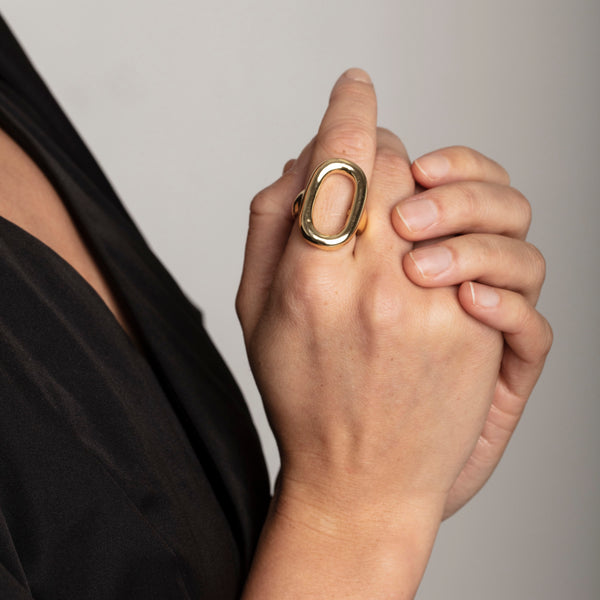 Ran Gold Oval Ring