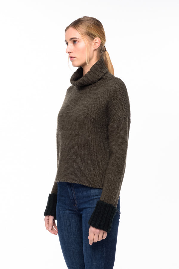 Oliver Sweater