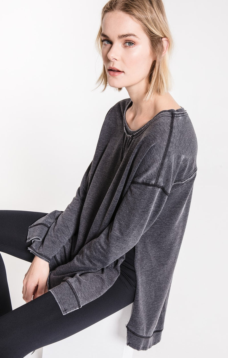 The Weekender Pullover