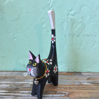 black painted wooden cat ring holder