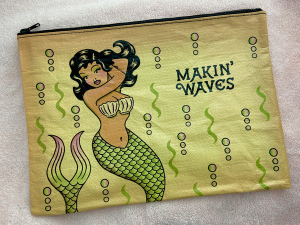 Makin Waves Jumbo Zipper Pouch