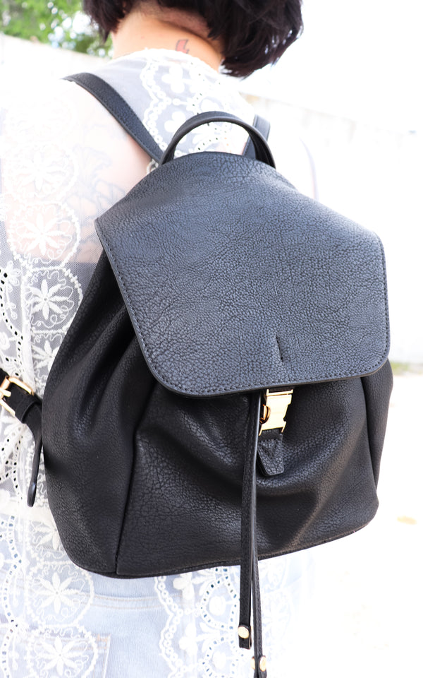 Sand Ties Backpack in Black