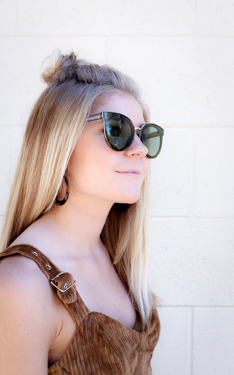 Posh Sunnies in Olive