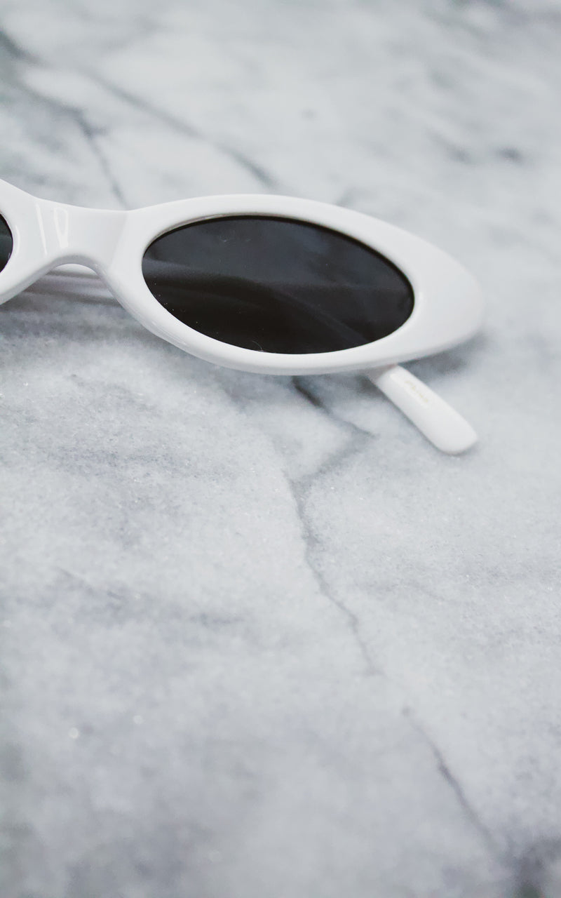 It Girl Sunnies in White