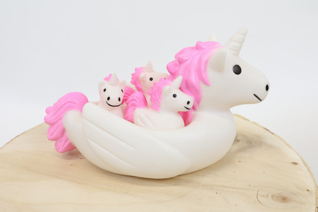 Unicorn and Friends Bath Toy Set