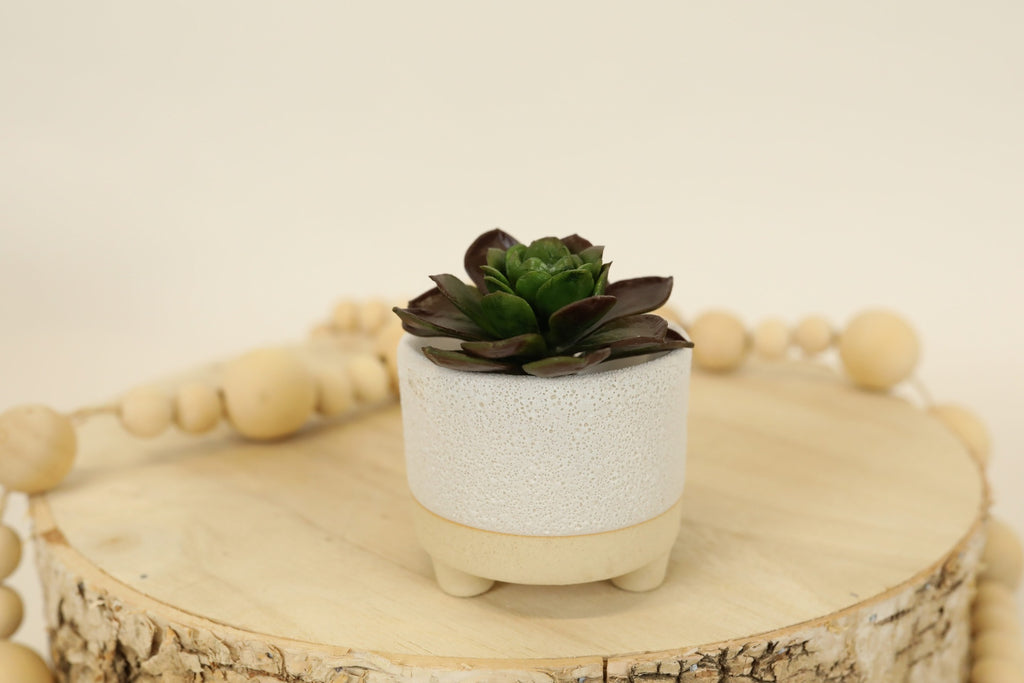 White Terra-cotta Tri-footed Pot  - Small