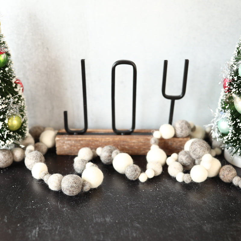 White and Grey Multi Size Garland