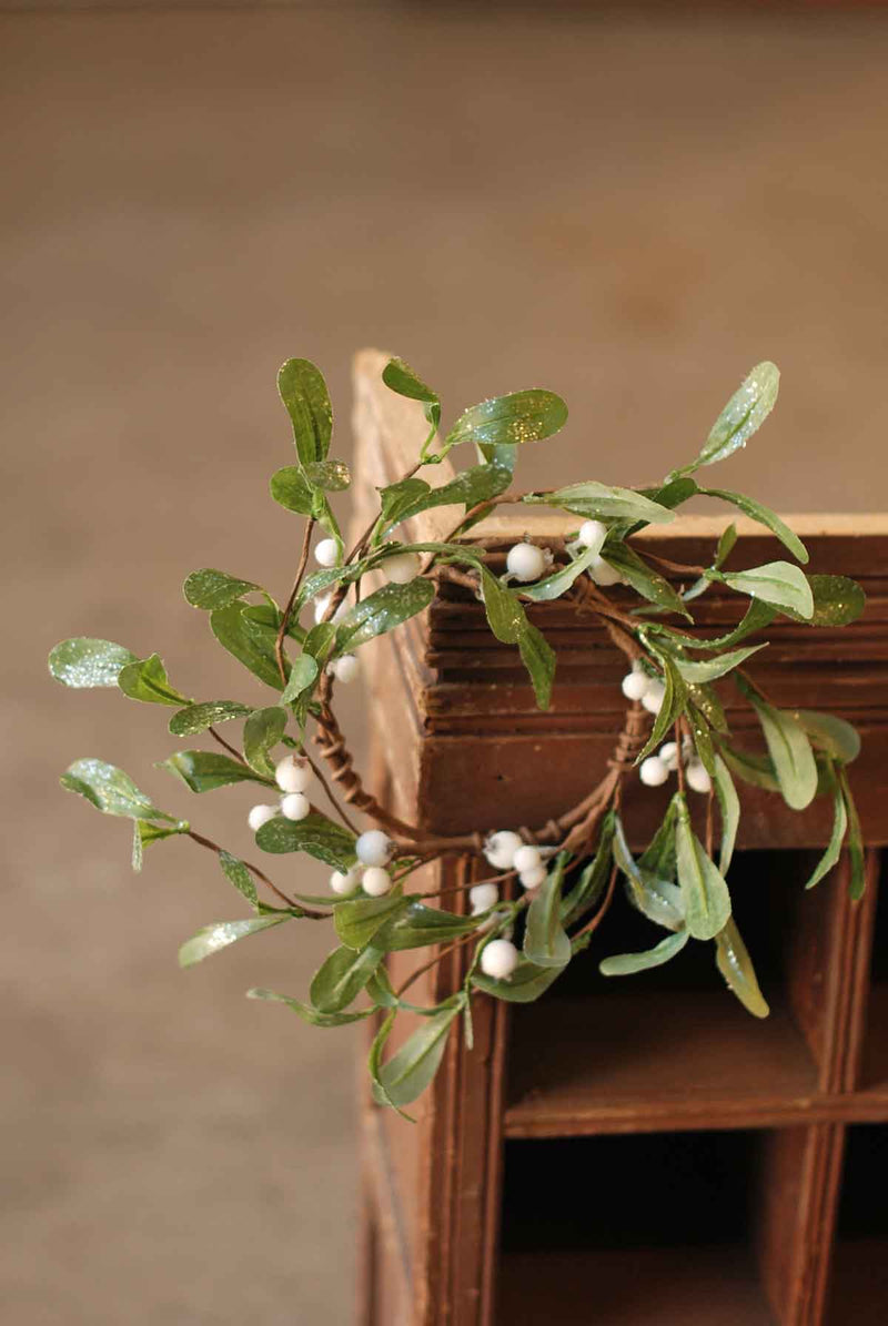 Dreamy Mistletoe Candle Ring - 4.5""