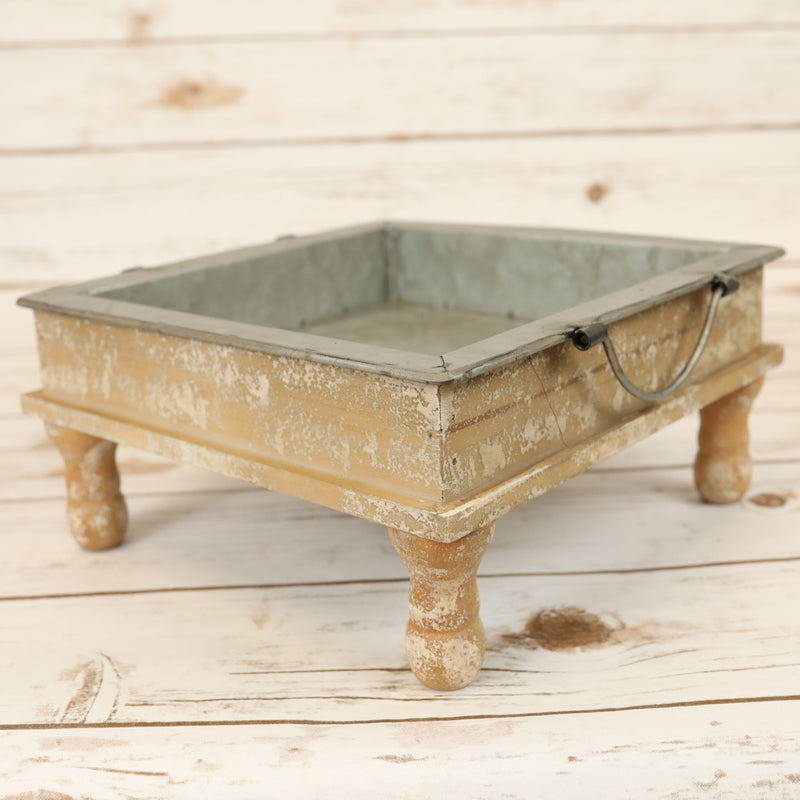 Standing Metal Trays - 2 Sizes