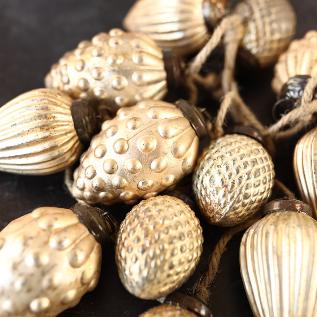 Acorn Ornament Garland - Brushed Gold