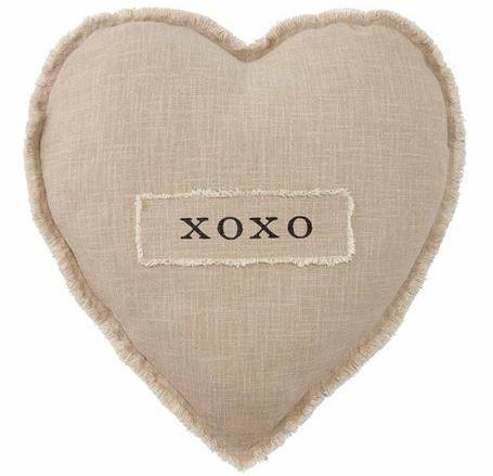XO Heart Pillow