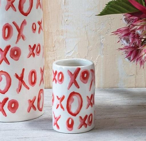 Heart Eye Footed Vase