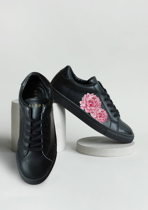 Bridal Bouquet Black Sneaker