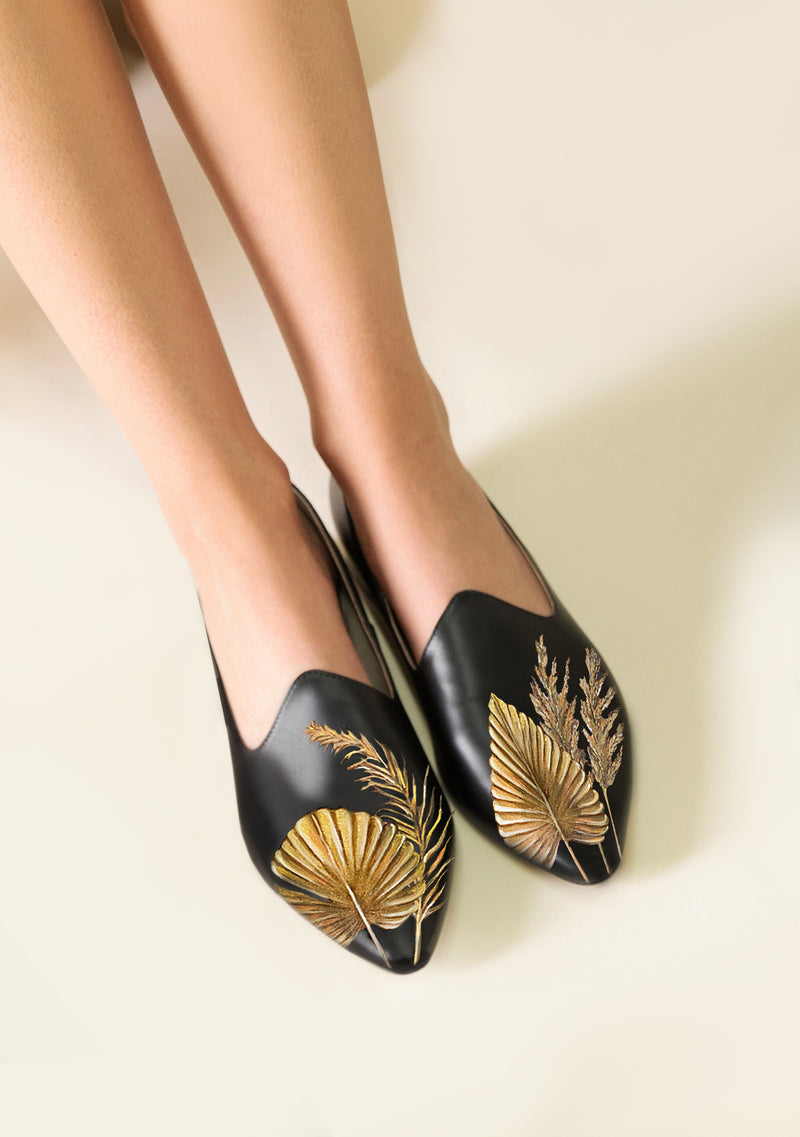 Pampa Leaves Black Loafer
