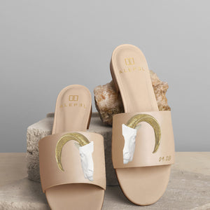 Golden Horns Beige Slide