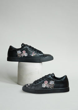 Roses and Swallow Black Sneaker