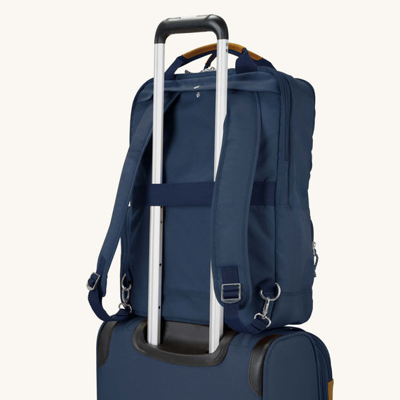 Travel Tech Backpack Whidbey 18-inch Backpack in Midnight Blue Feature View in  in Color:Midnight Blue in  in Description:Backstrap