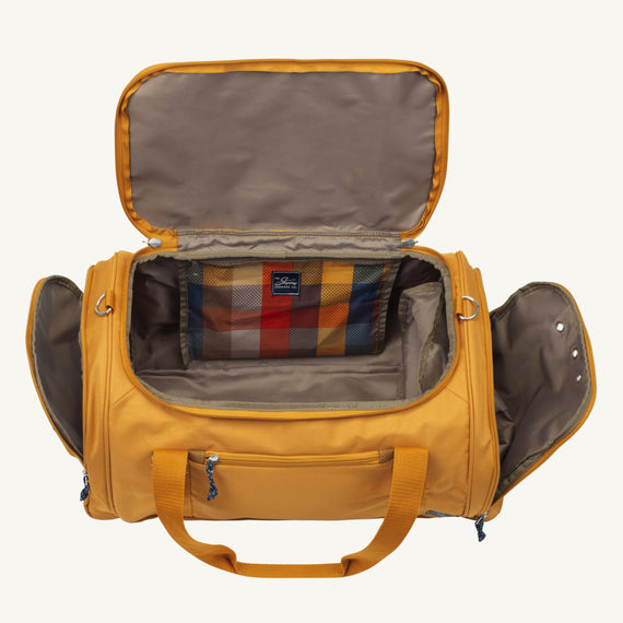 Weekender Duffel Coupeville 22-inch Duffel in Honey Open View in  in Color:Honey in  in Description:Open Detail