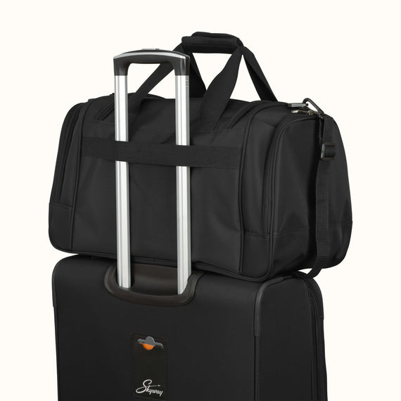 Duffel Skyway Luggage 22-inch Duffel in Black in  in Color:Black in  in Description:Backstrap