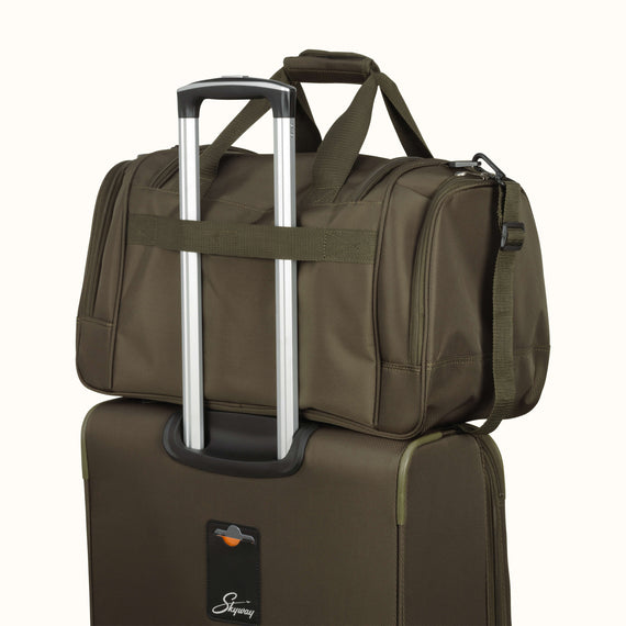 Duffel Skyway Luggage 22-inch Duffel in Forest Green in  in Color:Forest Green in  in Description:Backstrap