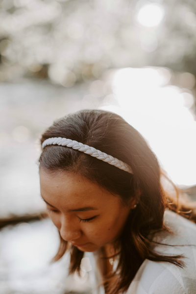 Braided Workout Headband in Stone Grey